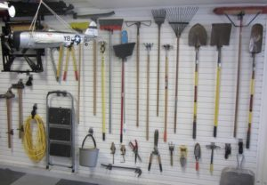 Gardening Catalog tools list 4 letters
